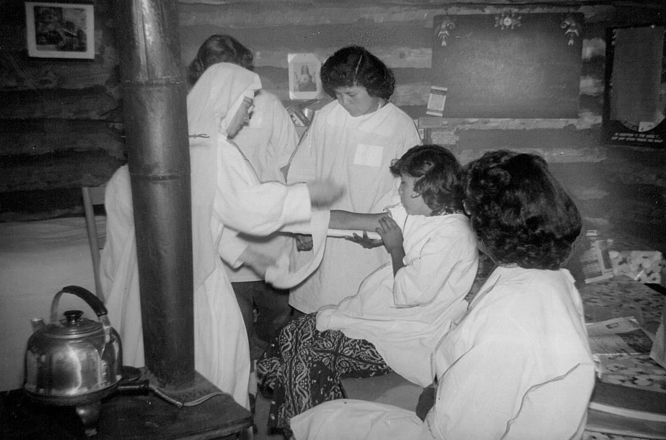 A Hospital Sister gives a home nursing course.